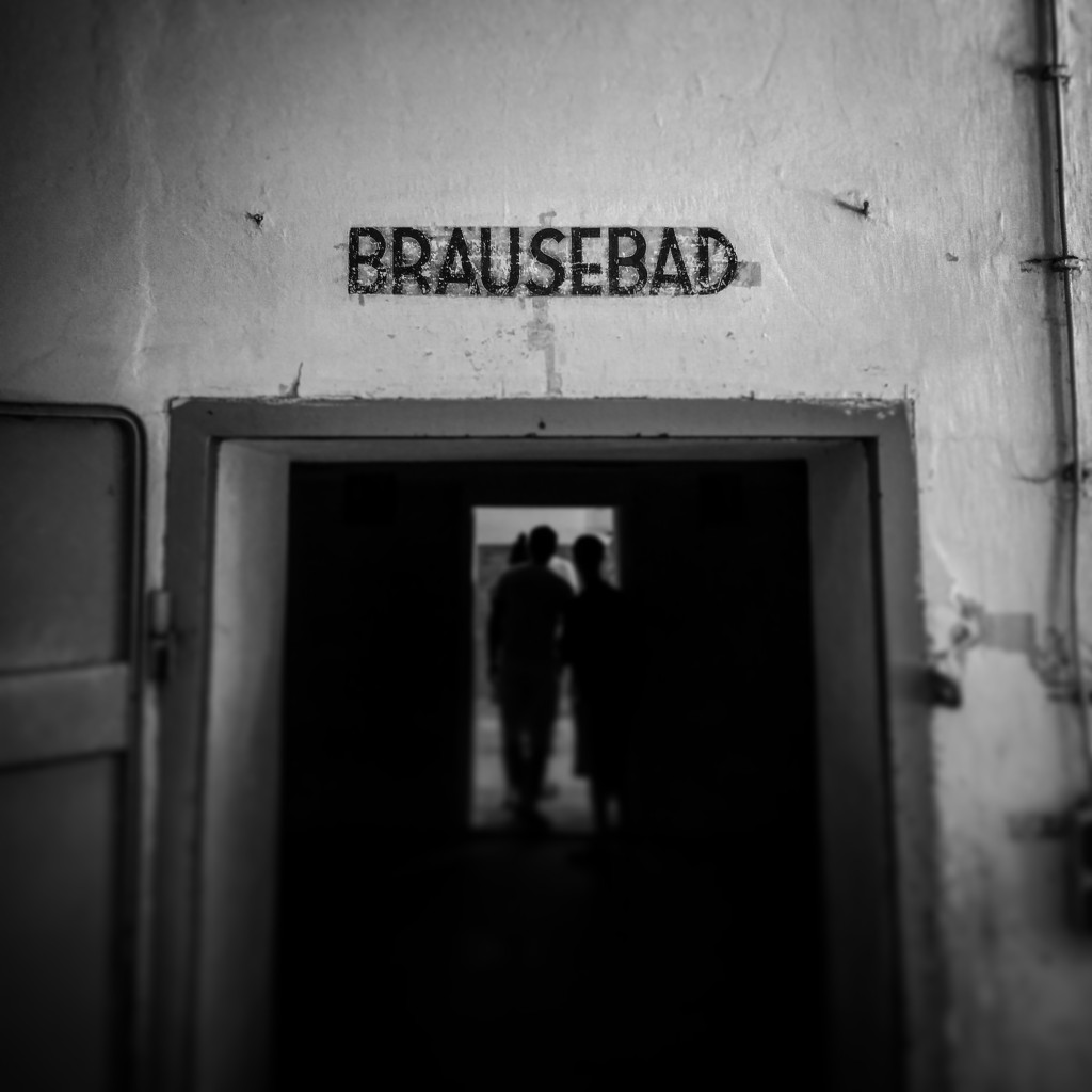 "Entrance to gas chamber ""Brausebad"" means shower"
